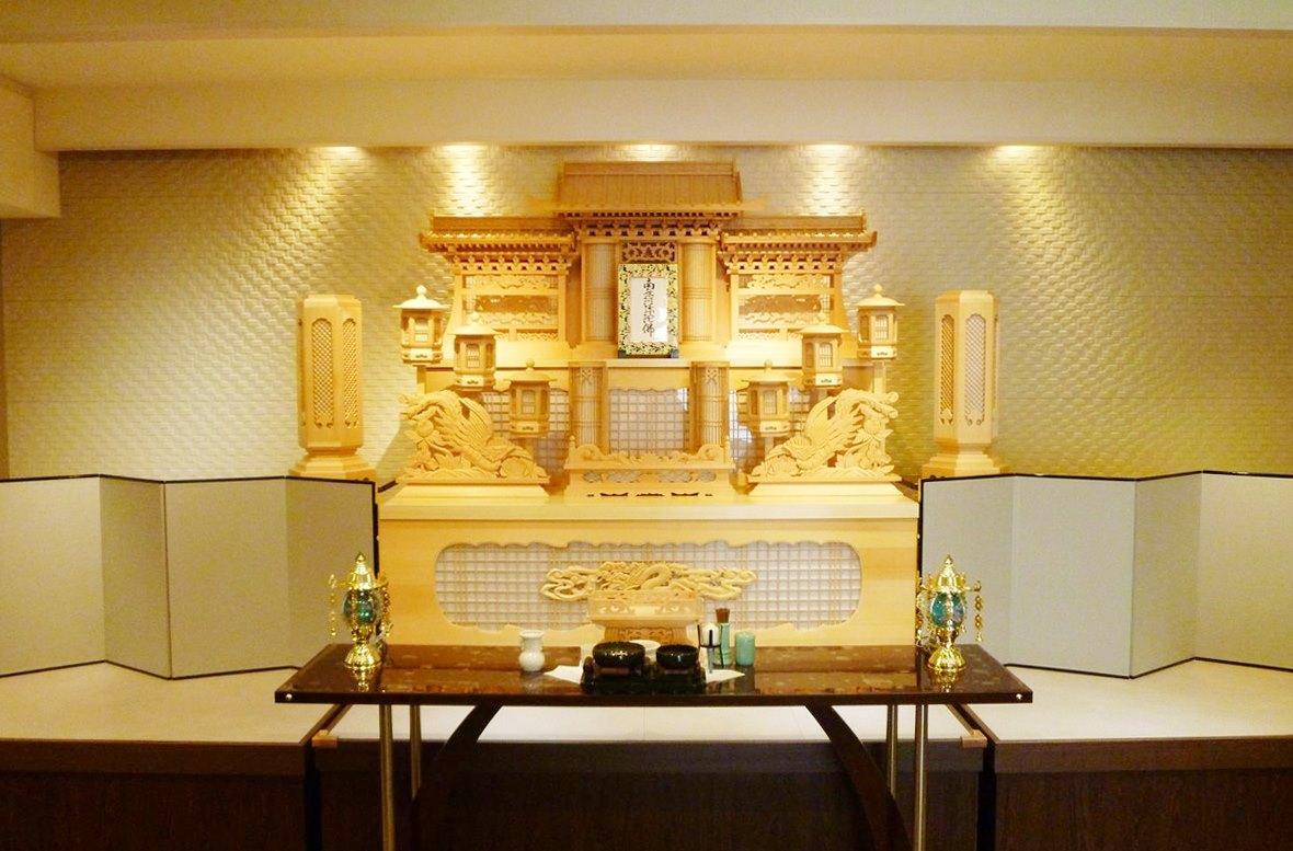 生野ファミリーホール 絆 白木祭壇