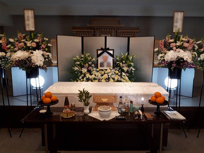 ご家族約10人での家族葬でした。