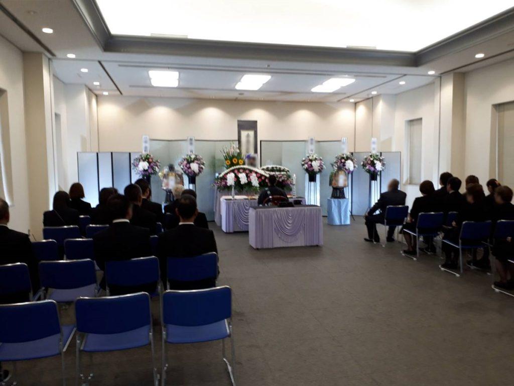 瓜破斎場で家族葬例 30名ほどの参列